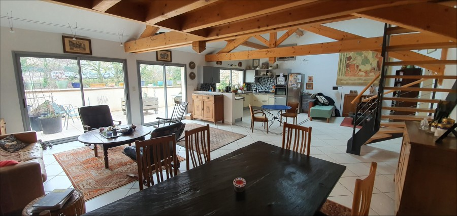 In Cluny, nicely renovated house with garage